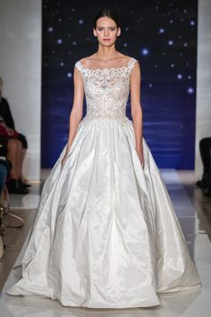 View entire slideshow: Reem+Acra+Spring+2016 on http://www.stylemepretty.com/collection/1369/