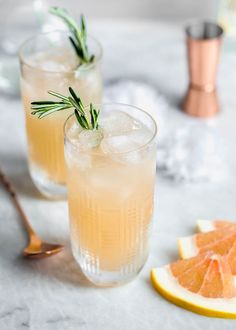 Named after the iconic dancer Ginger Rogers, this refreshing cocktail is made with fresh grapefruit juice, homemade ginger syrup, and gin! Ginger Cocktails, Easy Summer Cocktails, Vodka Cocktails, Refreshing Cocktails, Cocktail Drinks, Alcoholic Drinks, Beverages, Drinks Alcohol, Fall Drinks