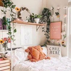 Cute Bedroom Ideas, Room Ideas Bedroom, Bedroom Inspiration, Bedroom Inspo, Boho Bedroom Decor, Boho Teen Bedroom, College Bedroom Decor, Summer Bedroom, Cheap Bedroom Decor