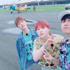 Leader, mat hyung and maknae Chanwoo Ikon, Kim Hanbin, Korean Bands, South Korean Boy Band, Bobby, Kiss Show, Ikon Member, Ikon Kpop, Yg Ikon
