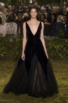 Spring Couture Elegance: DIOR   ZsaZsa Bellagio - Like No Other