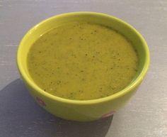 Scharfe Zucchinisuppe (vegan)