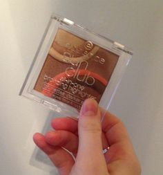 Review, Swatches: Sun Club All-in-One Bronzing Highlighter, Metal Glam Eye Shadows #bstat