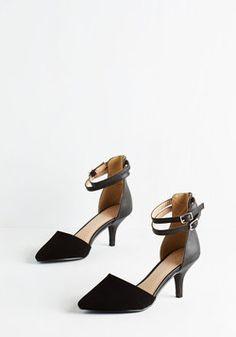 Prancy Footwork Heel in Black