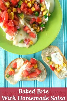 Baked Brie With Tomato Salsa is the best game day or holiday appetizer #tomato #salsa #brie #bakedbrie #appetizer #gameday Plum Tomatoes, Cherry Tomatoes, Quick Dip, Vegetarian Comfort Food, Homemade Salsa, Baked Brie, Holiday Appetizers, Dip Recipes, Yummy Food