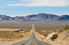 Death Valley in the Mojave Desert, hottest place in America, CA