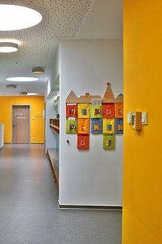 Starke Farben für starke Kids: Caparol Design Studio, Stark, Top Freezer Refrigerator, Kitchen Appliances, Home, Kids Day Out, Colors, Diy Kitchen Appliances, Home Appliances