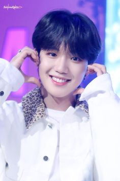 Lim Youngmin from the smile must prettiest in the world Im Youngmin, Little King, Set Me Free, Korean Group, Yoonmin, Bias Wrecker, New Music, Boy Groups, Idol