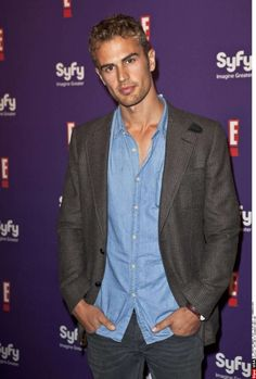 TheoJames at the SyFy and E Comic-Con Party. Click for more pics