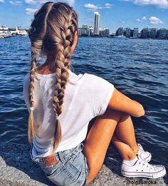 Love or not?? Via @dollhouse @olgasaroka #hairstyles #style #hair #girls #hairsalon #instafollow #look #colorful #beauty #fashion #blonde #stylish #haircut #hairideas #hairdye #hairfashion #colors #haircolor #longhair #ombre #brownhair #blondehair #hairposts #glamhair #perfectcurls #balayage #hairstyle #braids #haircolor #hairdo #braid