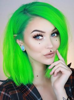 69 ideas for hair drawing straight beautiful Exotic Hair Color, Unnatural Hair Color, Vivid Hair Color, Bright Hair Colors, Purple And Green Hair, Alternative Hair, Hair Shows, Dye My Hair, Coloured Hair