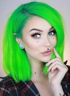 69 ideas for hair drawing straight beautiful Exotic Hair Color, Unnatural Hair Color, Cool Hair Color, Purple And Green Hair, Bright Hair Colors, Alternative Hair, Coloured Hair, Hair Shows, Dye My Hair