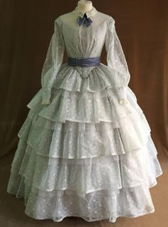 victorian day dress Only for costumer order dress suitable for a morning walk in the par 1800s Dresses, Victorian Era Dresses, Victorian Gown, Old Dresses, Victorian Fashion, Pretty Dresses, Beautiful Dresses, Victorian Gothic, Steampunk Fashion