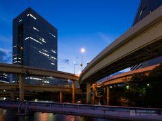 Hamamatsucho Building (浜松町ビルディング). / Architect : Shimizu Corporation (設計:清水建設).