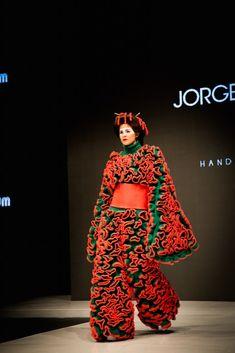 pink kimono in Jorge Salinas fashion show круто!!!