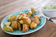 Rosmarinkartoffeln mit Avocado-Dip - Gaumenfreundin - Food & Family Blog