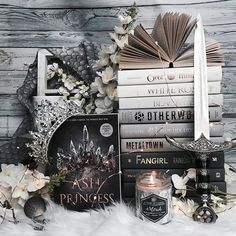 Its the final day of #ombrebookschallenge and today we are featuring a grey ombré!!! Grey is actually one of my favorite colors! Most of the walls in my house are grey and many other things in my house are as well!!! . So naturally I loved how this picture turned out! I havent featured Ash Princess by @lauraksebastian in a while and thats a shame because not only is the cover amazing the story is fantastic as well!!! This one releases in April from @getunderlined so make sure to add it to…