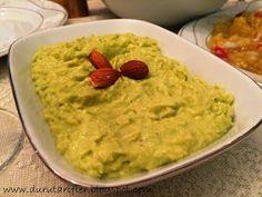 Avokado' nun yararları, lezzetleri her yerde anlatılıyor ve uygulanıyor. Özellikle cilt üstündeki yararları üstünde çok duruluyor. Sofra...