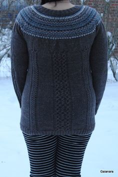 Knitted jacket from alpaca wool (back)