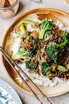 Vegan Dinner Recipes, Vegan Recipes Easy, Vegetarian Recipes, Vegan Meals, Seitan, Vegan Beef, Vegan Food, Healthy Food, Quick Easy Vegan