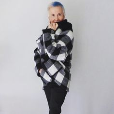 Alguna otra forma natural que tenga los mismos  efectos? #canaskilosyestilo #canas #kilos #estilo #blogdemoda #bloggerspain #risa #terapia #salud #moda #mayoresde50 #modafeminina #ootd #lookdeldia #instafashion #fashionista #gray #style #styleover50 #fashion #fashionover50 #fashionblogger #over50andfabulous #lookoftheday #laugh #therapy #health #ageless #blackandwhite #blancoynegro #modafeminina