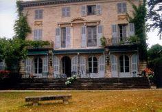 Villa La Roseraie em Biarritz que pertenceu a Aimee de Heeren.  Aimée de Heeren, nascida Aimée Soto-Maior de Sá (Castro, 3 de agosto de 1903- Nova York, 14 de setembro de 2006 ) foi uma socialite brasileira.  história completa no site: http://sergiozeiger.tumblr.com/post/99810774763/aimee-de-heeren-nascida-aimee-soto-maior-de-sa
