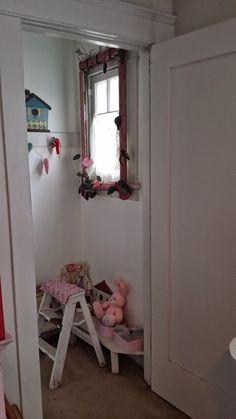 "Marcia's Cottage : ThE CloSeT....""fine""...♡"