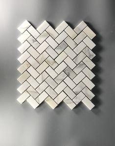 63 Ideas for bath room tiles mosaic herringbone pattern Calcutta Gold Marble, Carrara Marble Bathroom, Calacatta Gold, Marble Floor, Arabesque Tile Backsplash, Mosaic Tiles, Kitchen Backsplash, Backsplash Ideas, Tile Ideas