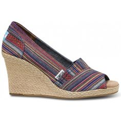 Woven stripes, in a brilliant palette of duskier colors for Fall. Jadon Wedges feature a natural rope heel and midsole, with a soft chambray liner for extra comfort.