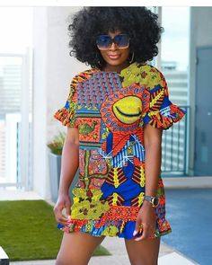 Ankara outfits are just mesmerizing. Blouses and skirts, gowns, trousers and even bags and shoes are being designed from Ankara. Short African Dresses, Latest African Fashion Dresses, African Print Dresses, African Print Fashion, Short Gowns, Ankara Fashion, Africa Fashion, Tribal Fashion, African Prints