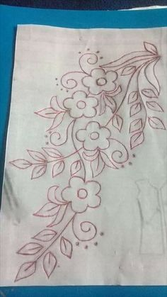 Hand Embroidery Design Patterns, Hand Embroidery Videos, Embroidery Flowers Pattern, Embroidery Motifs, Embroidery Monogram, Machine Embroidery, Flower Art Drawing, Wreath Drawing, Applique Quilts