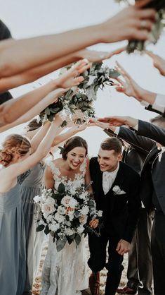 Cute wedding photography ideas. #weddingphotography