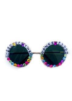 Queen of the Dance Floor Sunglasses Coachella Accessories, Diy Fashion Accessories, Festival Outfits, Festival Fashion, Festival Style, Rain Wear, Summer Crafts, Eyewear, Round Sunglasses