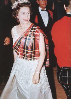 Tartan inspiration: Queen Elizabeth II, 1972