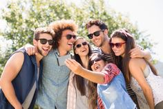 Friends with health benefits: how your pals could boost well-being - Medical News Today