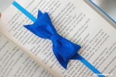 Zakładka do książki w kształcie kokardki to idealny pomysł dla wszystkich miłośników pięknych i praktycznych akcesoriów!:)