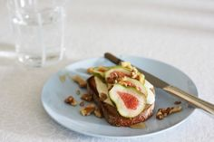 Toasted Sourdough Bread with Vanilla and Honey Flavoured Creme Fraiche, Figs & Walnuts