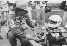 Senna da conselhos a Bruno Senna em corrida de Kart e 1991.