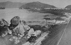 São Vicente - SP - Pedra do Ladrão - 1915 Praia do Itararé com os Morros Tumiaru e dos Barbosas ao fundo e pequena parte da Ilha Porchat à esquerda