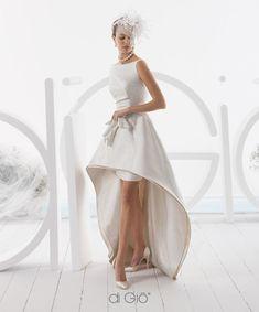 Le spose di Gio 2015 Bridal Collection Wedding Attire, Wedding Bride, Wedding Gowns, Yacht Wedding, Wedding Ideas, Elegant Bride, Elegant Wedding Dress, Colored Wedding Dresses, Bridal Dresses