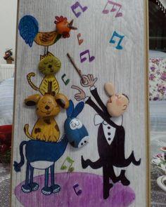 Çocukluğumdan beri en sevdiğim müzik grubu :) #bremenmızıkacıları Sipariş için DM lütfen :) #taşsanatı #tasboyama #taşboyamasanatı #taşboyamatablo #stoneart #hediye #hediyelik #satılık #elyapımı #elyapimi #handmade #müzik #nota #dekor #cocukodasidekorasyon #evdekorasyonu #masasusu #duvarsusu