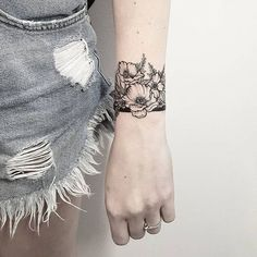 """935 To se mi líbí, 6 komentářů – Tereza Emingrová (@terryemi) na Instagramu: """"Wild flowers děkuji Lucce."""""""