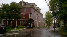 Be sure to stay here when in Charlottetown PEI. Very nice.
