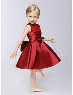 Hot Red Short Satin A Line Flower Girl Dress with Bow Sash #EFS32 - GemGrace.com Vip Dress, Party Dress, Baby Clothes Patterns, Clothing Patterns, Holiday Outfits, Holiday Clothes, Childrens Fancy Dress, Girls Dresses Online, Line Flower