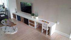 Living Room Wall Units, Living Room Interior, Happy New Home, Diy Desk, Spare Room, Best Interior, Interior Inspiration, Corner Desk, Kids Room
