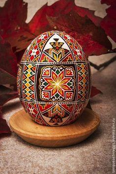 Яйца ручной работы. Ярмарка Мастеров - ручная работа Расписное пасхальное яйцо. Handmade.