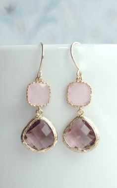 Plum and Pink Glass Dangle Earrings. Love these subtle yet girly earrings. Precious!
