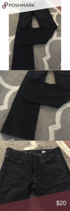 J. Crew Dark Wash Jeans Great used condition jeans. Smoke free/pet friendly home. Inseam is 32. J. Crew Jeans Flare & Wide Leg