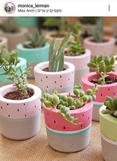 Cement Crafts, Clay Pot Crafts, Painted Flower Pots, Painted Pots, Flower Pot Art, Miracle Garden, Diy Crafts For Girls, Room With Plants, Diy Shops