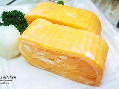 外表金黃又香嫩多汁的玉子燒.日本煮婦必定要會的一道料理..便當或早餐都非常的方便喔~